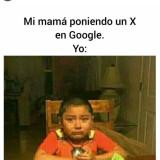 Mi-mama-poniendo-una-X-en-Google